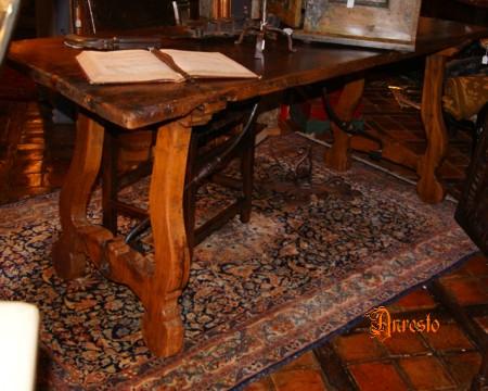 Antieke Spaanse Tafel : Antieke harppoottafel 17de eeuwse antieke tafel