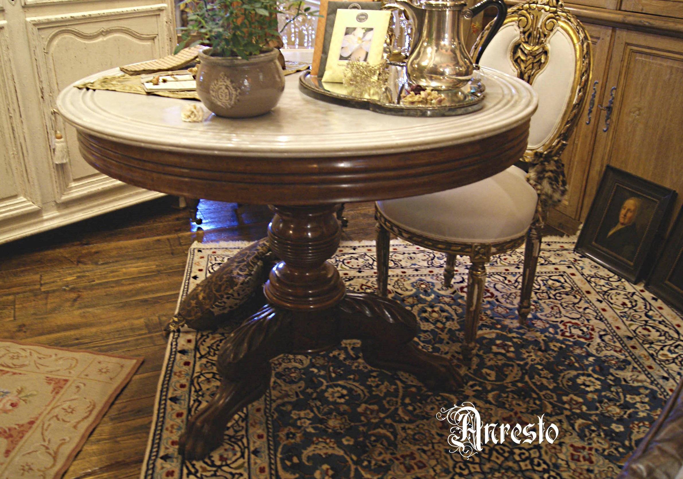 Biedermeier Tafel Met Stoelen.Antieke Kasteeltafel Met Wit Marmeren Blad Interieur Antiek Bij Anresto