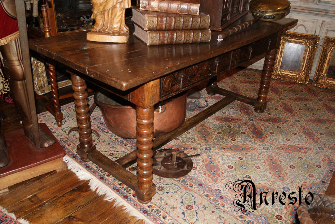 Antieke Spaanse Tafel : Antieke spaanse tafel type betaaltafel interieur antiek.