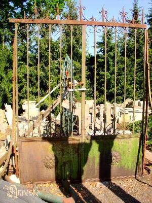 Antieke smeedijzeren poort