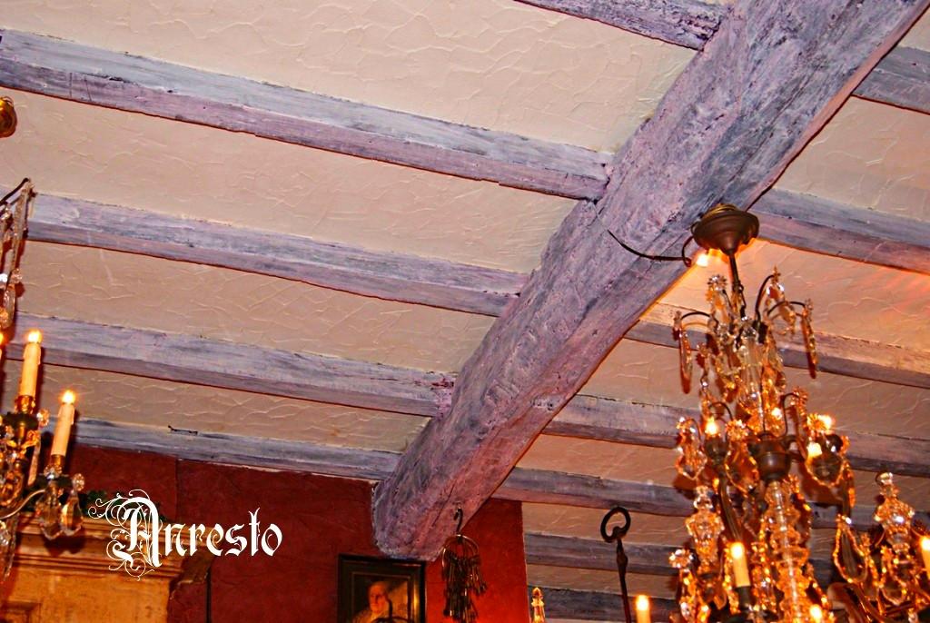 Antieke eiken balken plafond restauraties antieke eiken balken plafond met vlieringtrap - Houten balkenplafond ...