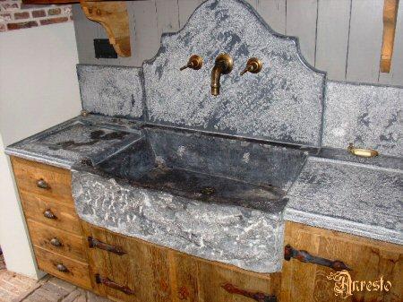 Anresto antieke stalkeuken 18de eeuws eikenhout - Oude keuken wastafel ...