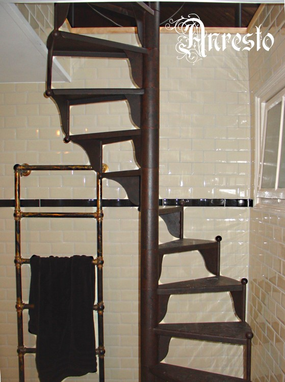 Antieke trappen gietijzeren wenteltrap draaitrap spiltrap for Spiltrap hout
