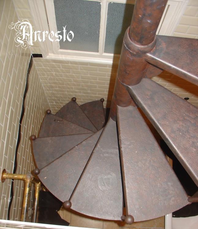 Draaitrap kopen amazing design rvs spiltrap met grote for Houten trap voor buiten
