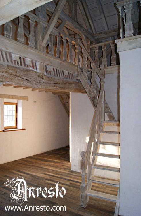 Antiek trapwerk te koop vakwerkhuis anresto - Huis met trap ...