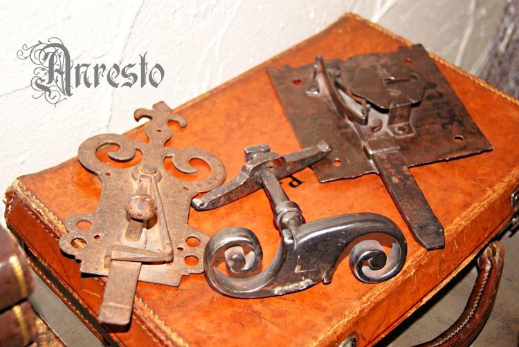 Super Antiek ANRESTO, antieke deurknoppen, Antiek beslag en sluitwerk SW-92