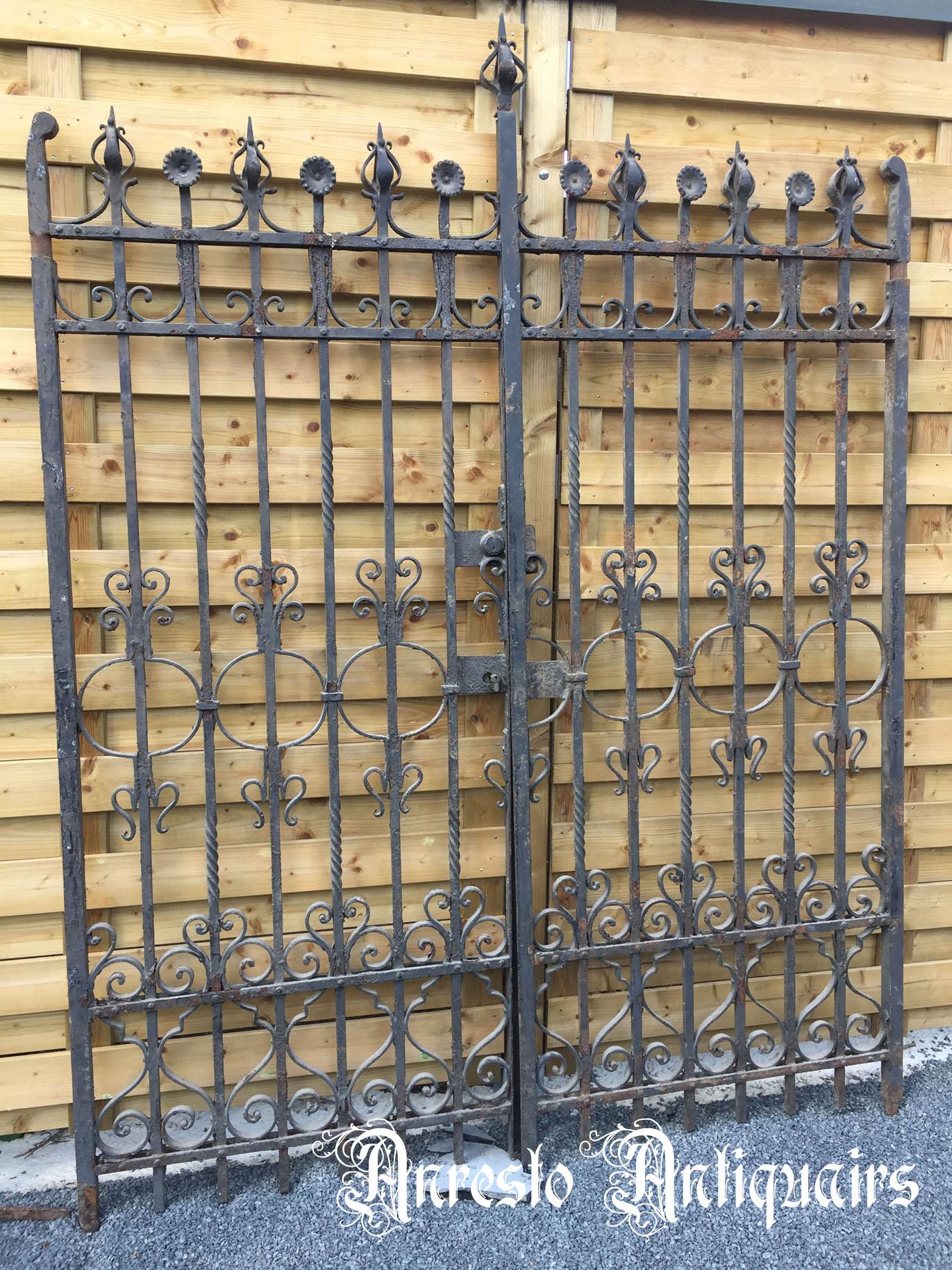 Verwonderlijk Bouw-Antiek gietijzer hekwerk. Exclusieve ijzeren hekken antieke JR-46